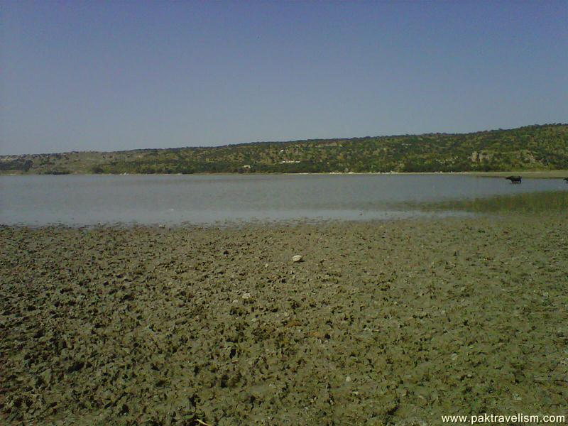Khabeki Lake, Soon Valley